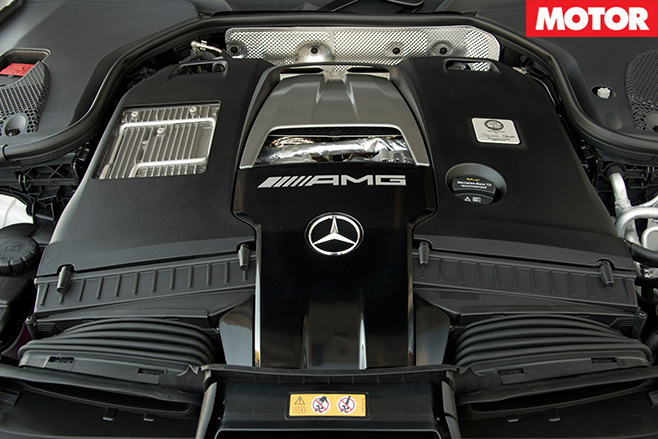 2017 Mercedes-AMG E63 S engine