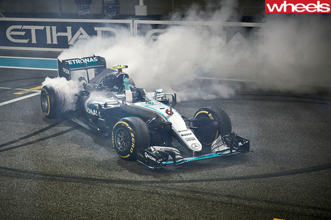 Rosberg title celebration burnout front