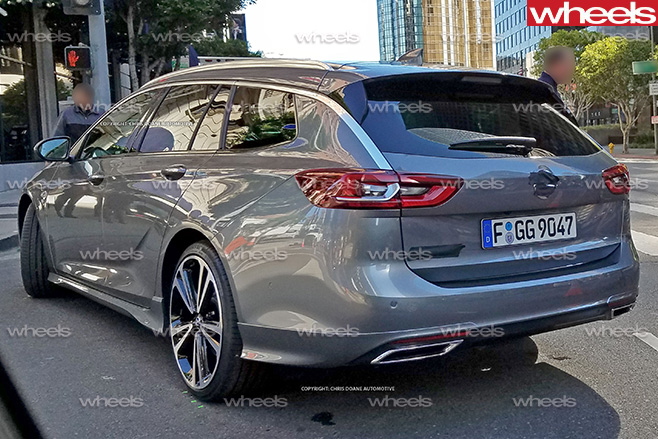 2017-Holden -Commodore -wagon -rear