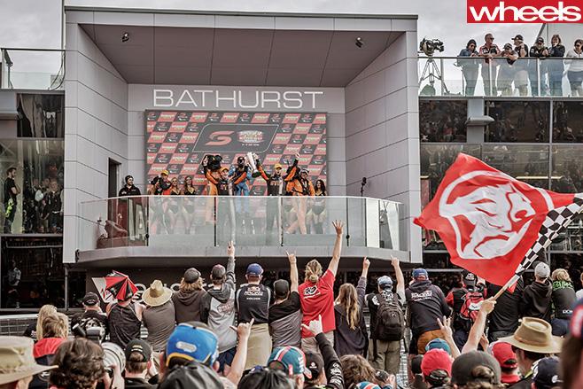 2016-Bathurst -1000-Podium