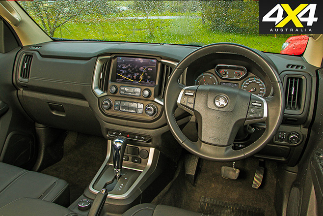 Holden Colorado Z71 interior