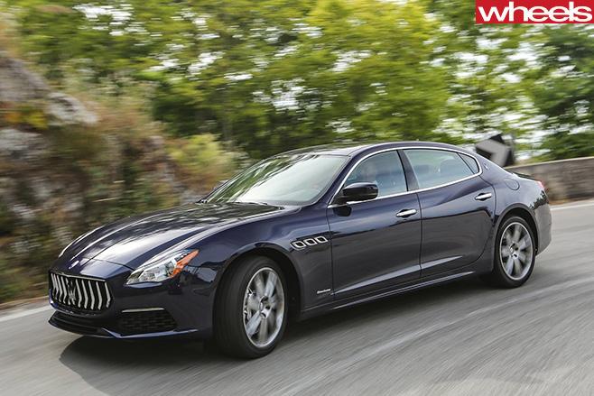 2017-Maserati -Quattroporte -driving -side