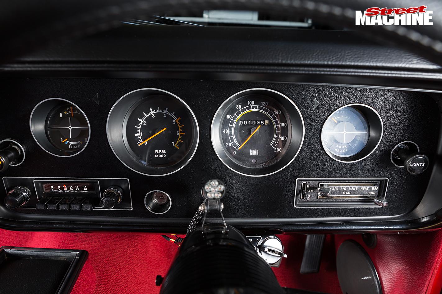 Chrysler -cl -charger -gauges