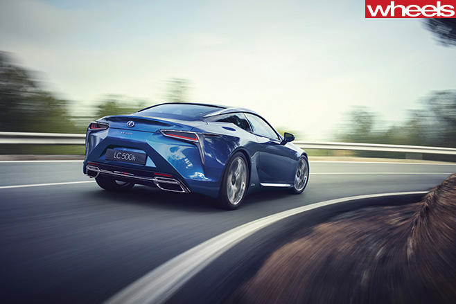 2016-Lexus -LC500h -Dynamic -rear