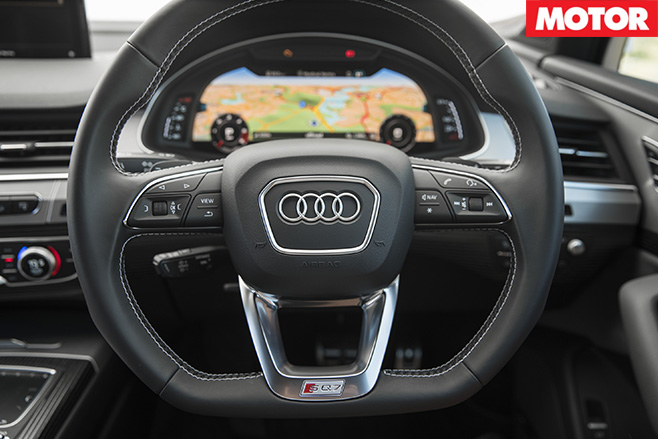 2017 Audi SQ7 TDI steering wheel
