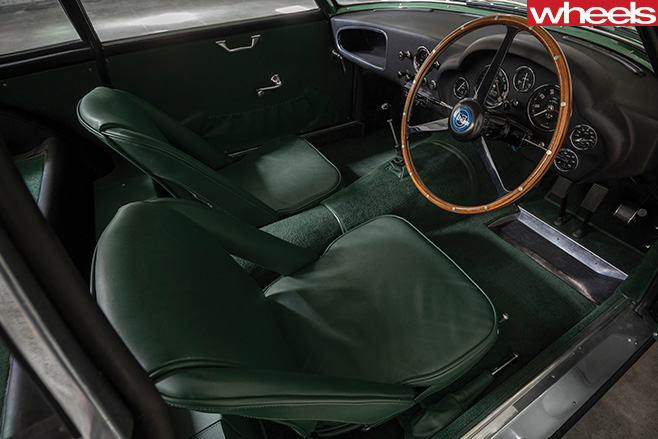 2017-Aston -Martin -DB4-GT-Continuation -interior