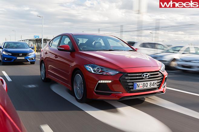 2016-Hyundai -Elantra -SR-driving -front -side