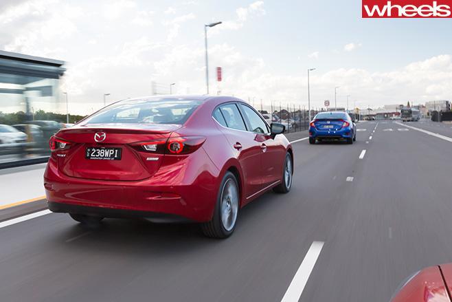 2016-Mazda -3-SP25-Astina -rear -side