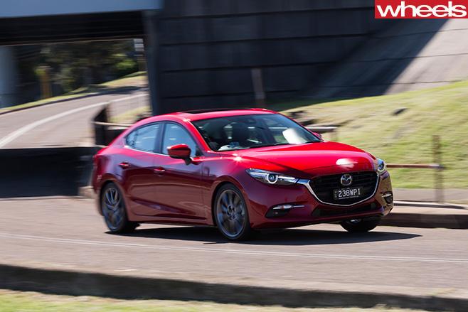 2016-Mazda -3-SP25-Astina -front -side