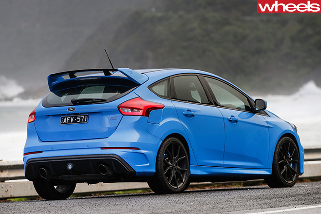 Ford -Focus -RS-rear -side