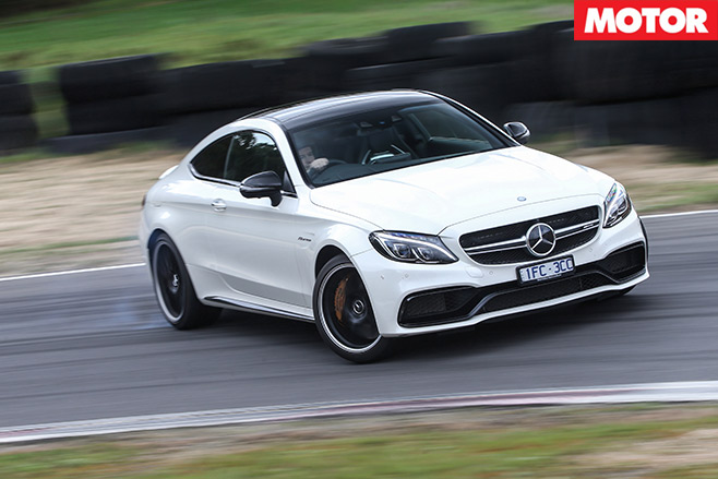 Mercedes -AMG-C63-S-Coupe -vs -BMW-M4-Competition -mercedes -drive