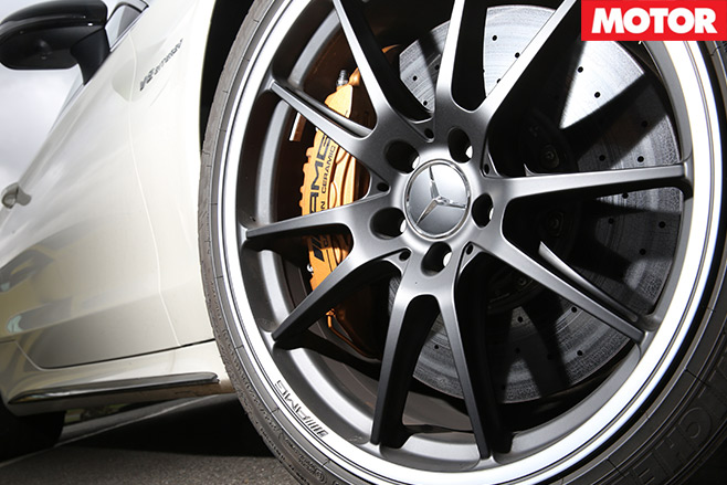 Mercedes -AMG-C63-S-Coupe -vs -BMW-M4-Competition -mercedes -wheel