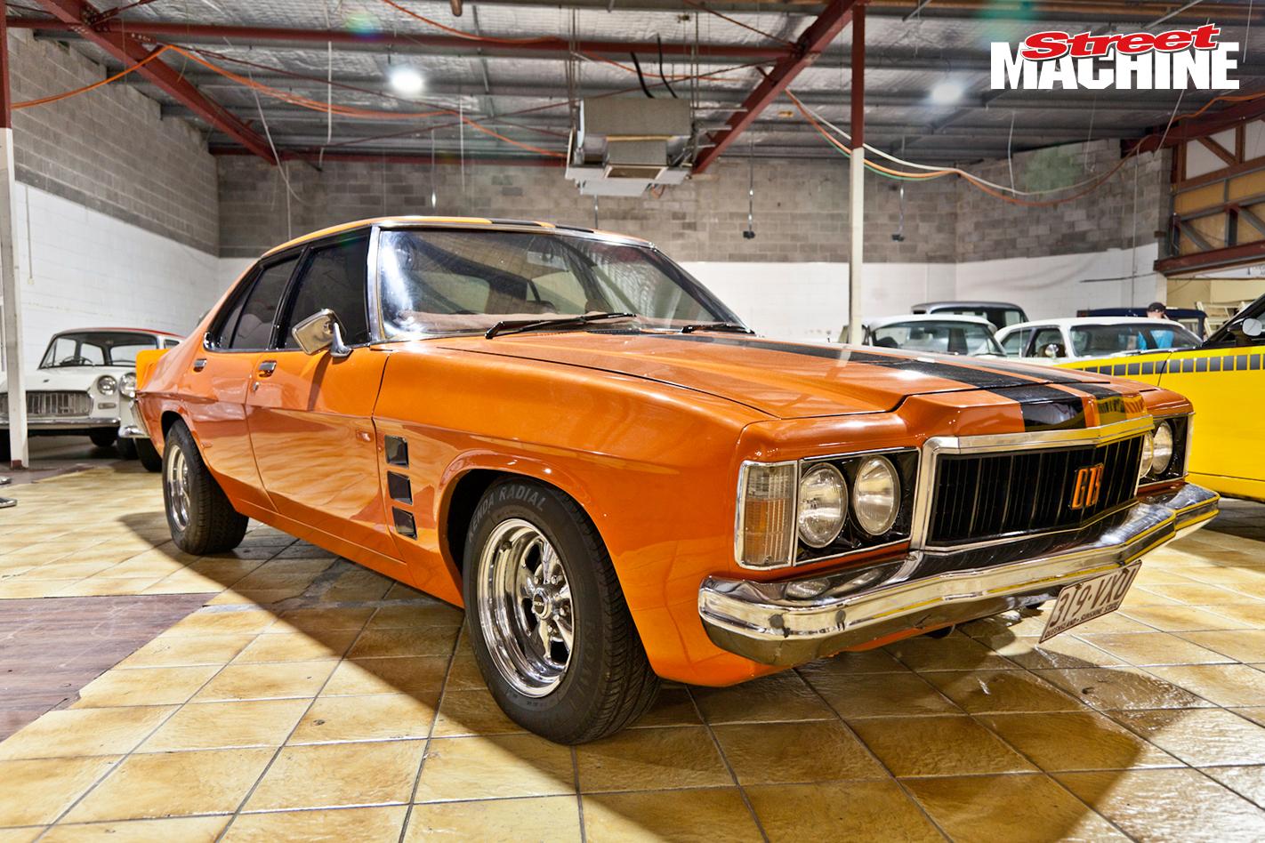 Holden HX Monaro GTS Sedan 2