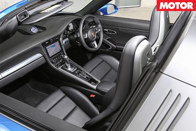 2016 Porsche 911 Targa 4S interior