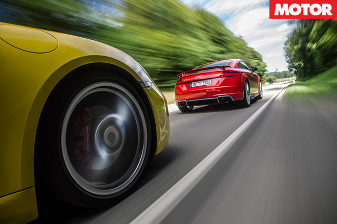 Porsche -718-Cayman -S-vs -Audi -TT-RS-10