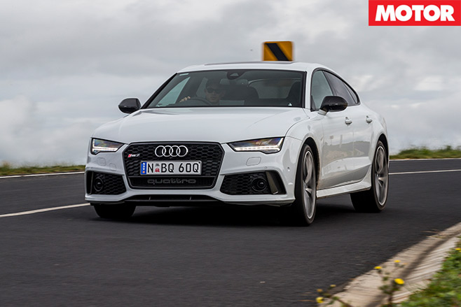 Tesla -P90D-vs -Audi -RS7-Performance -2