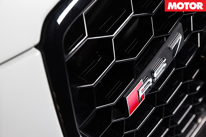 Tesla -P90D-vs -Audi -RS7-Performance -5