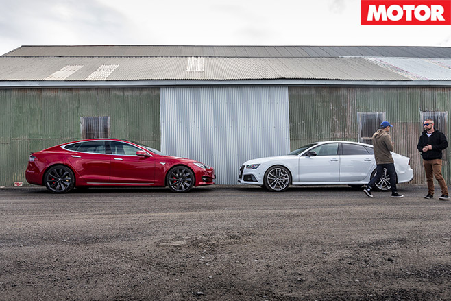 Tesla -P90D-vs -Audi -RS7-Performance -8