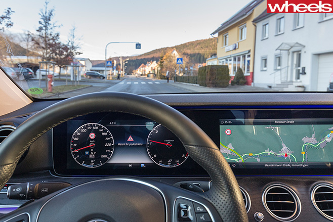 Mercedes -Benz -E-Class -autonomous -driving -dashboard