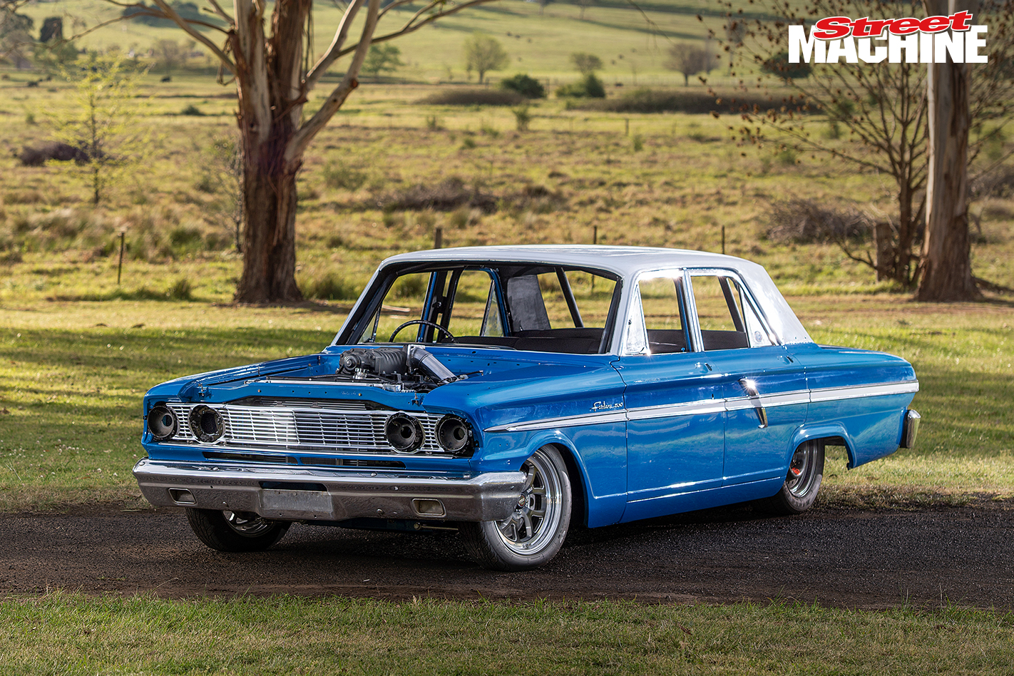 Ford Compact Fairlane V8 4
