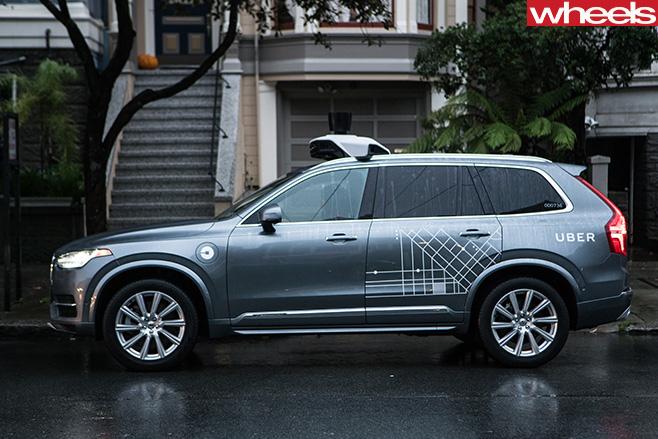 Volvo -XC-2016-autonomous -uber