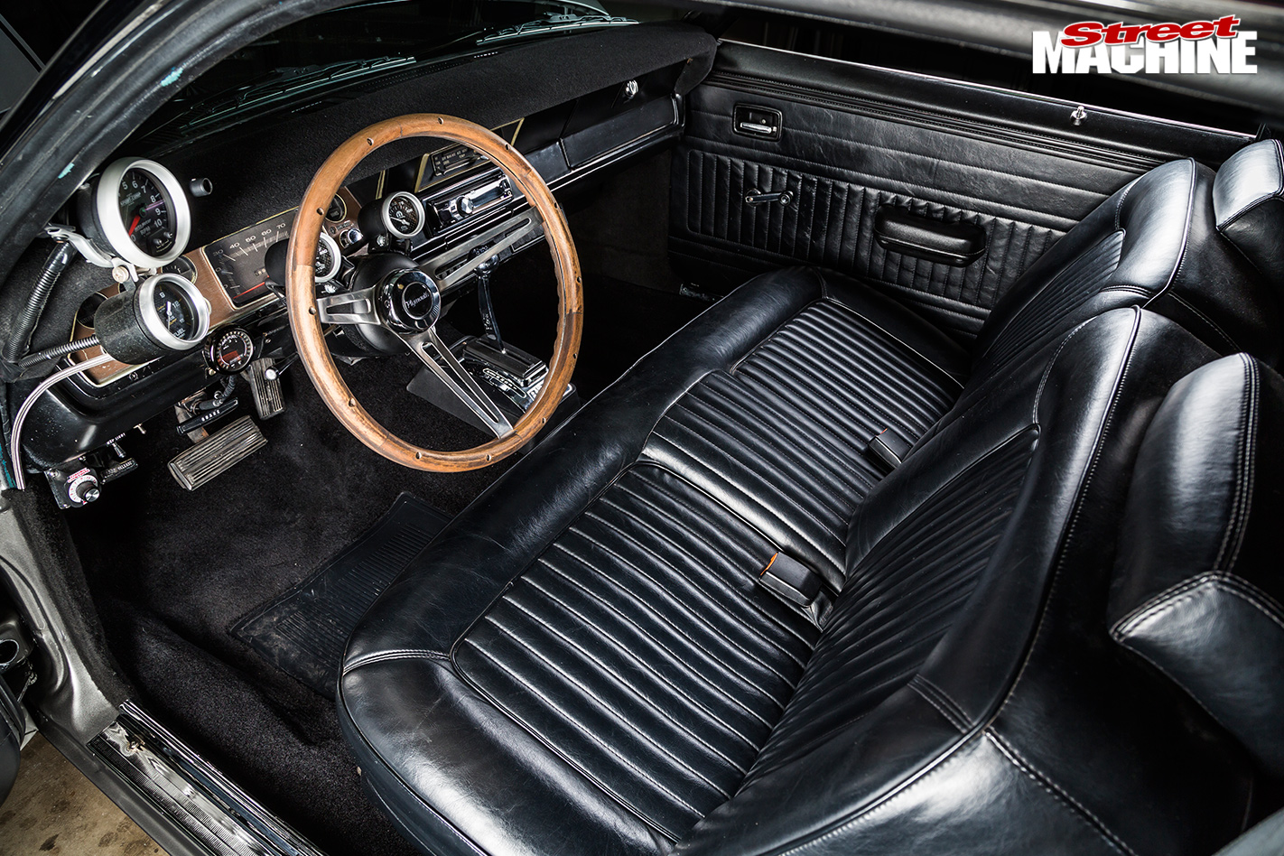 Plymouth -duster -interior