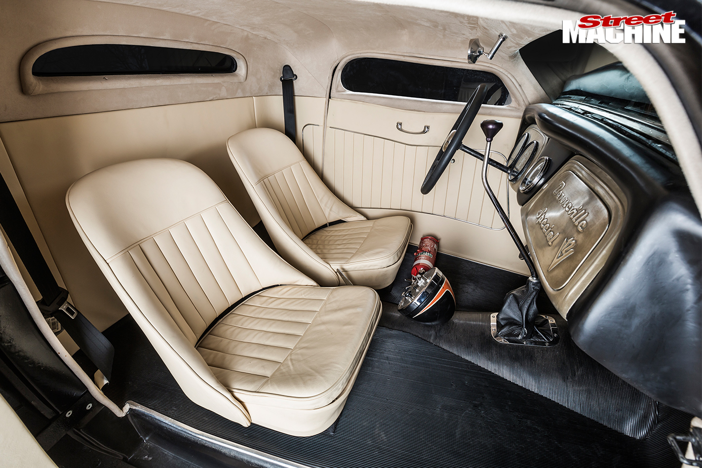 Ford -coupe -interior