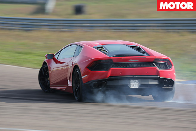 Best -Sounding -Car -of -2016-Lamborghini -Huracan -LP580-2-1