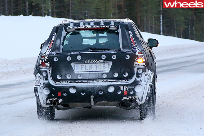 2018 volvo xc60 spy shots. 2018-volvo -xc60-rear 2018 volvo xc60 spy shots