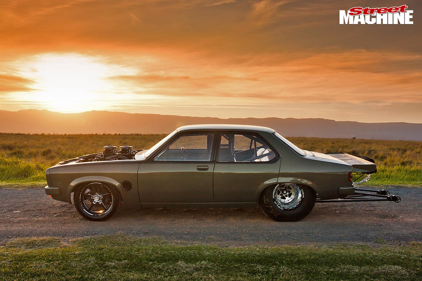 Holden -lh -torana -sideview