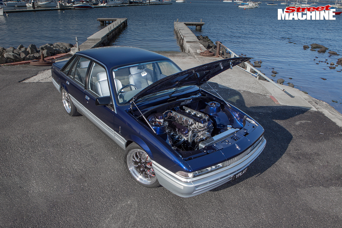 LS6-POWERED-1988-HOLDEN-VL-CALAIS-hood