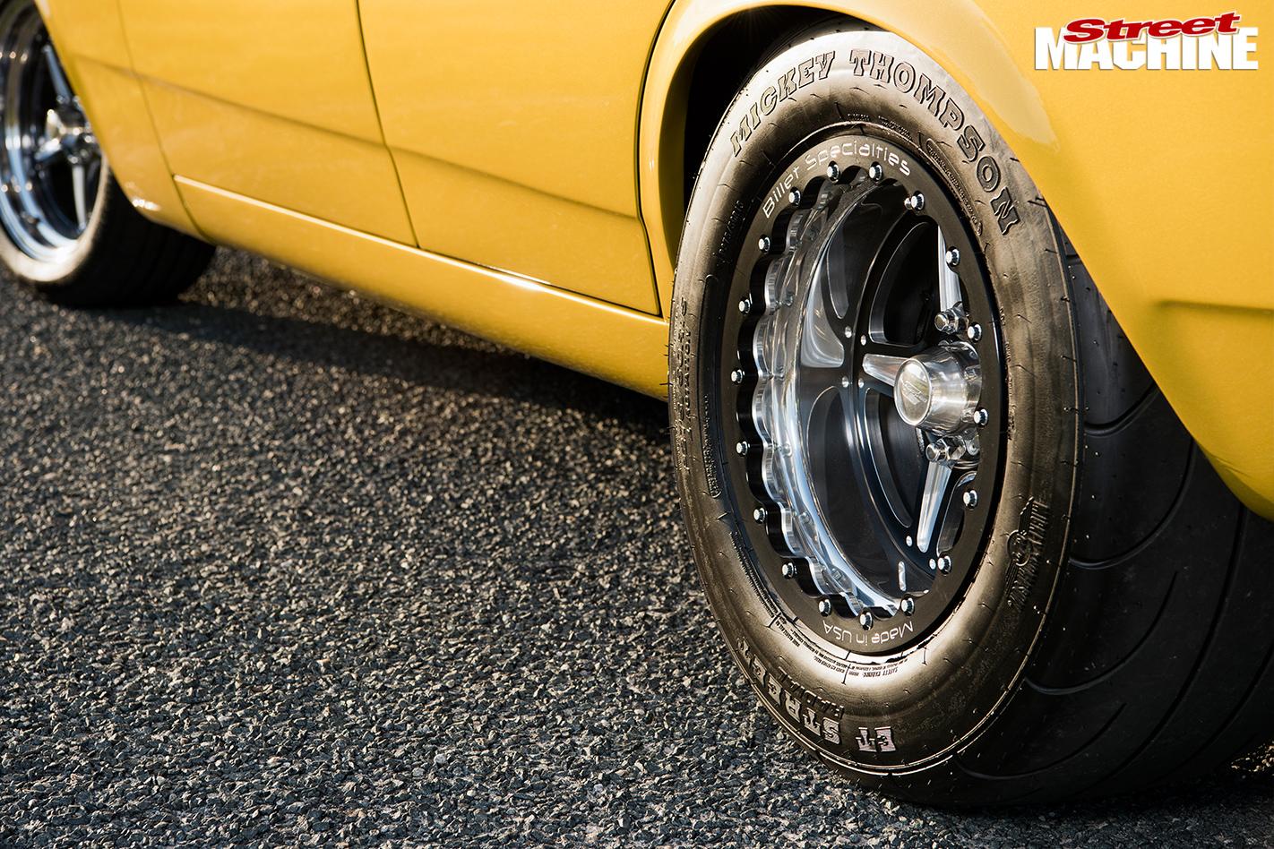 Ford -xw -falcon -wheels