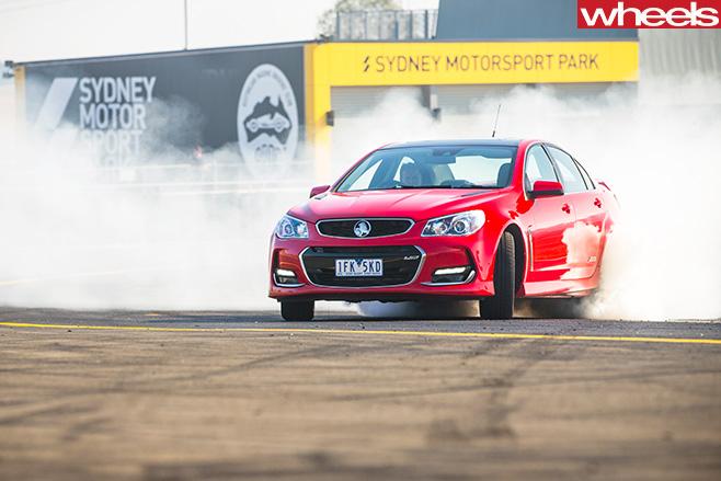 Holden -Commodore -SS-V-Redline -by -Chris -Benny