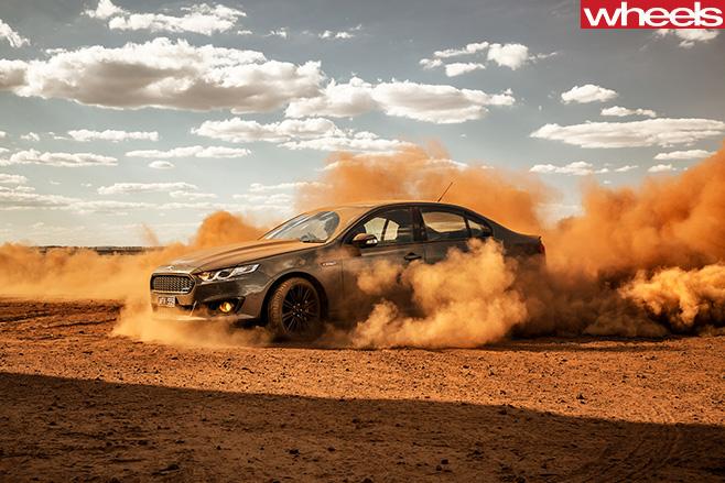 Ford -Falcon -XR8-Sprint -burnout