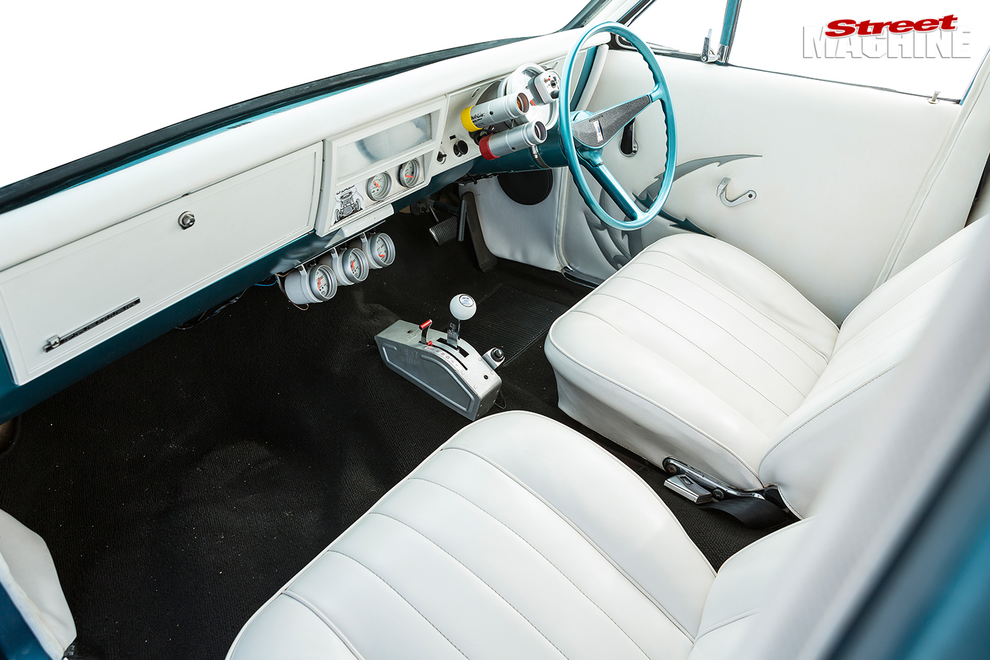 TURBO-LS-1969-HOLDEN-HT-PREMIER-interior