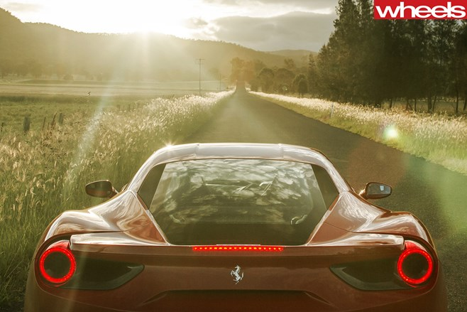 Ferrari -driving -hunter -valley