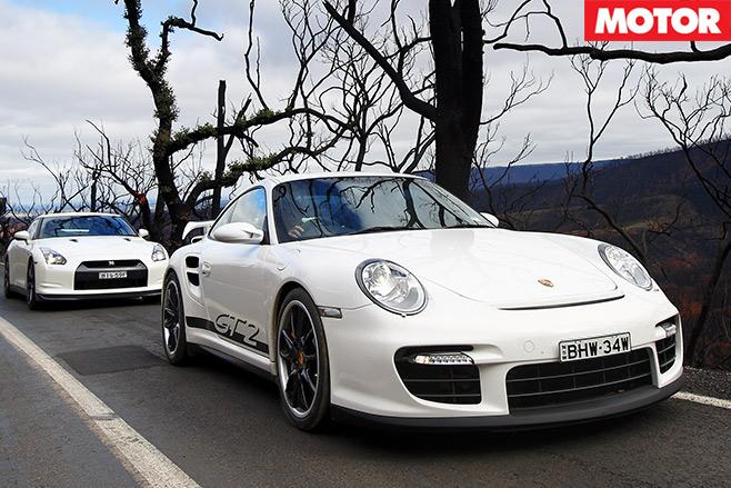 Nissan -GT-R-vs -Porsche -911-GT2-embed -3