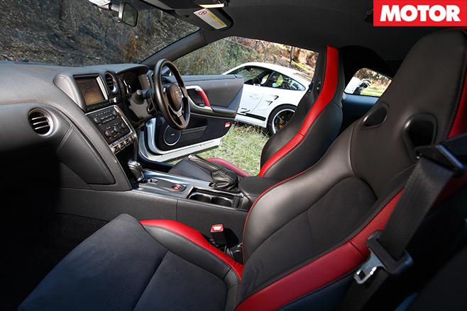 Nissan -GT-R-vs -Porsche -911-GT2-embed -7