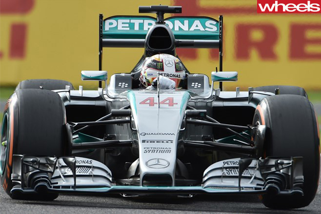 Lewis -Hamilton -car -front -2016-at -Suzuka