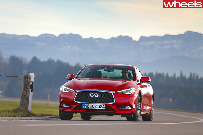 2017-Infiniti -Q60S-front -driving