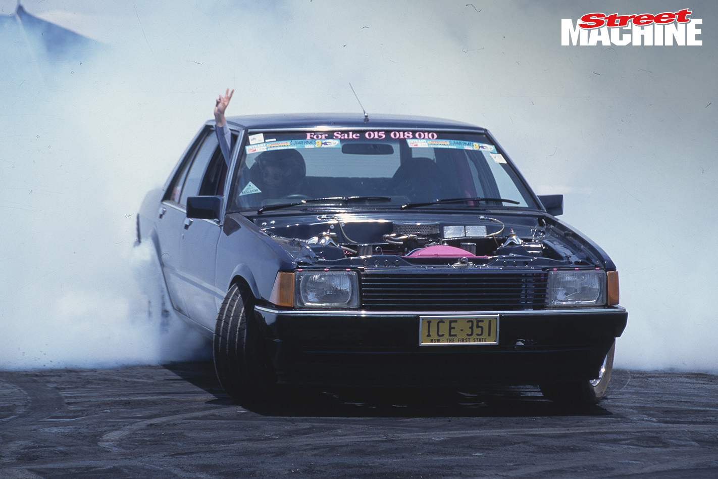 4 Ford Falcon Burnout ICE351
