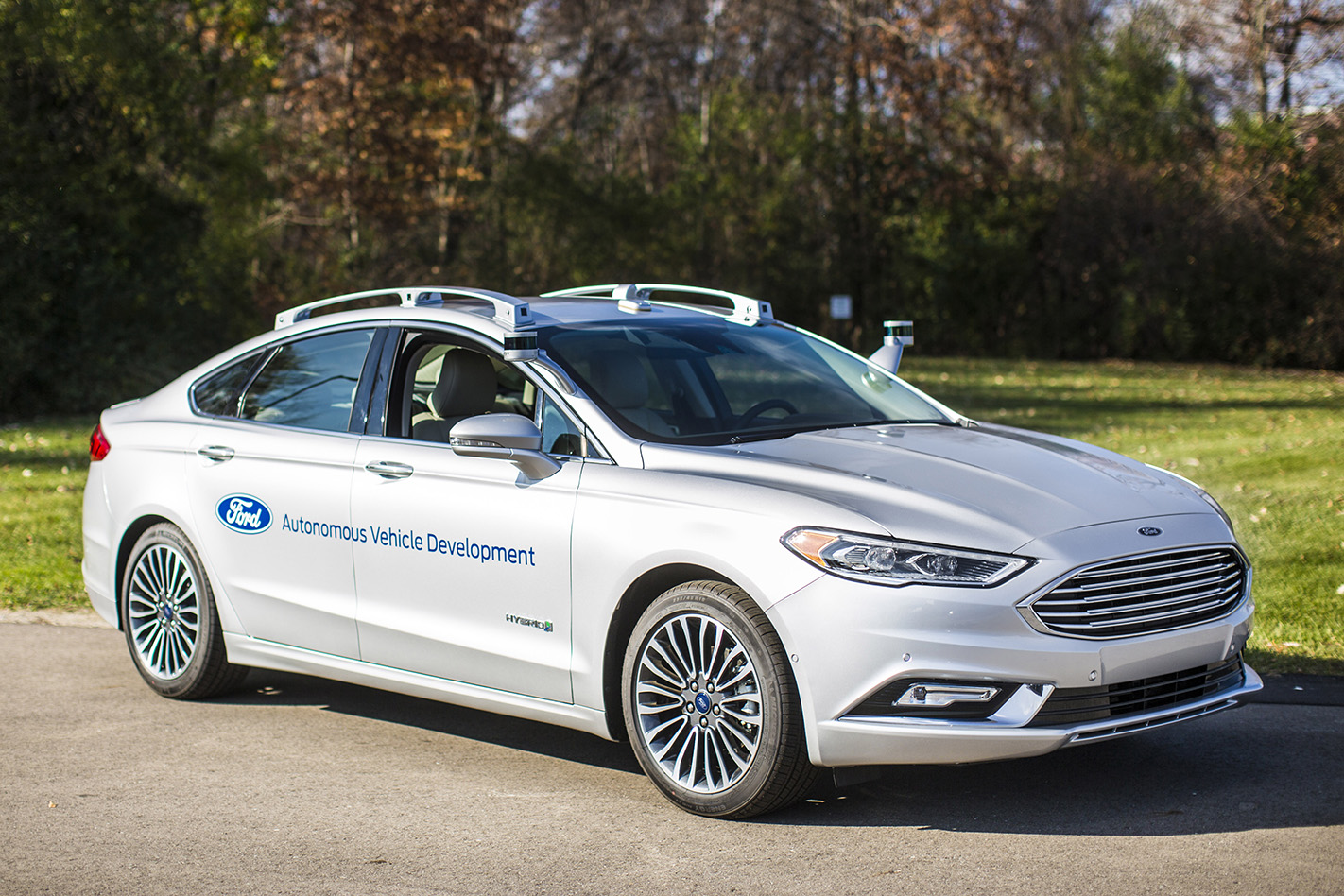 Ford -Fusion -autonomous -front -side -static