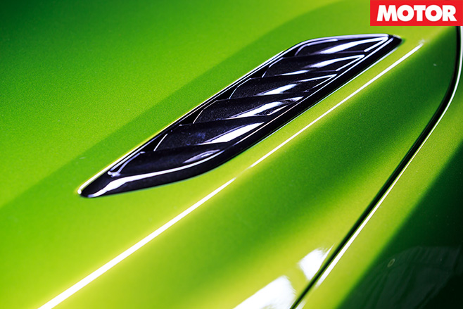Holden Commodore SS-V Redline bonnet