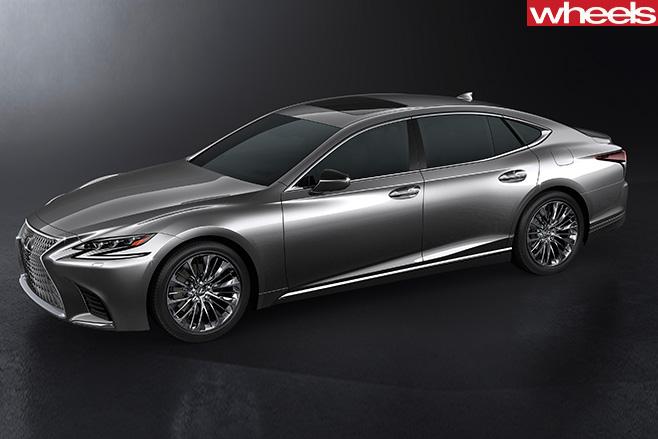 2017-Lexus -LS-side