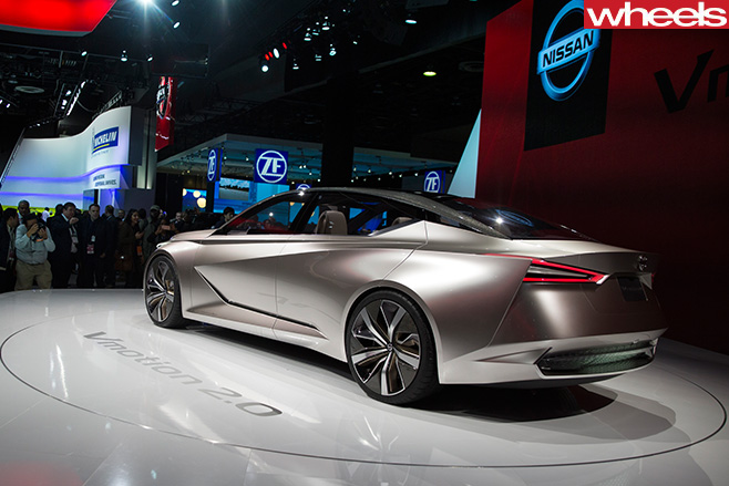 Nissan -Vmotion -2-0-concept -Detroit -Motor -Show -rear -side