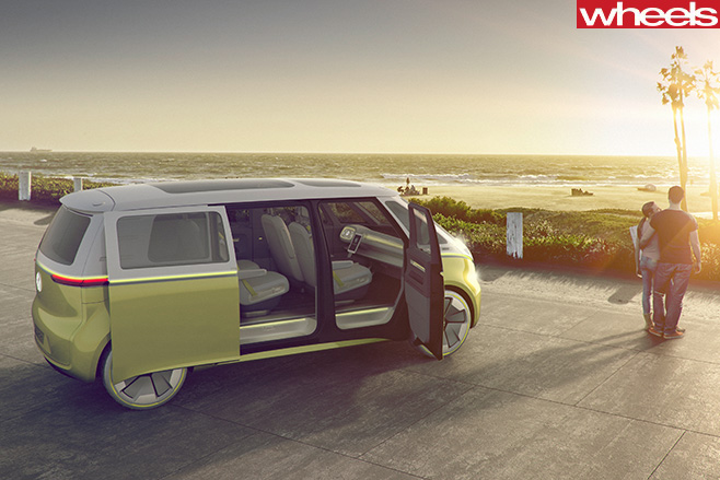 Volkswagen -ID-Buzz -van -side
