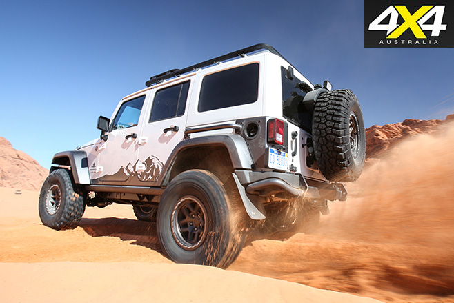 AEV Jeep Wrangler -JK350 ripping dirt