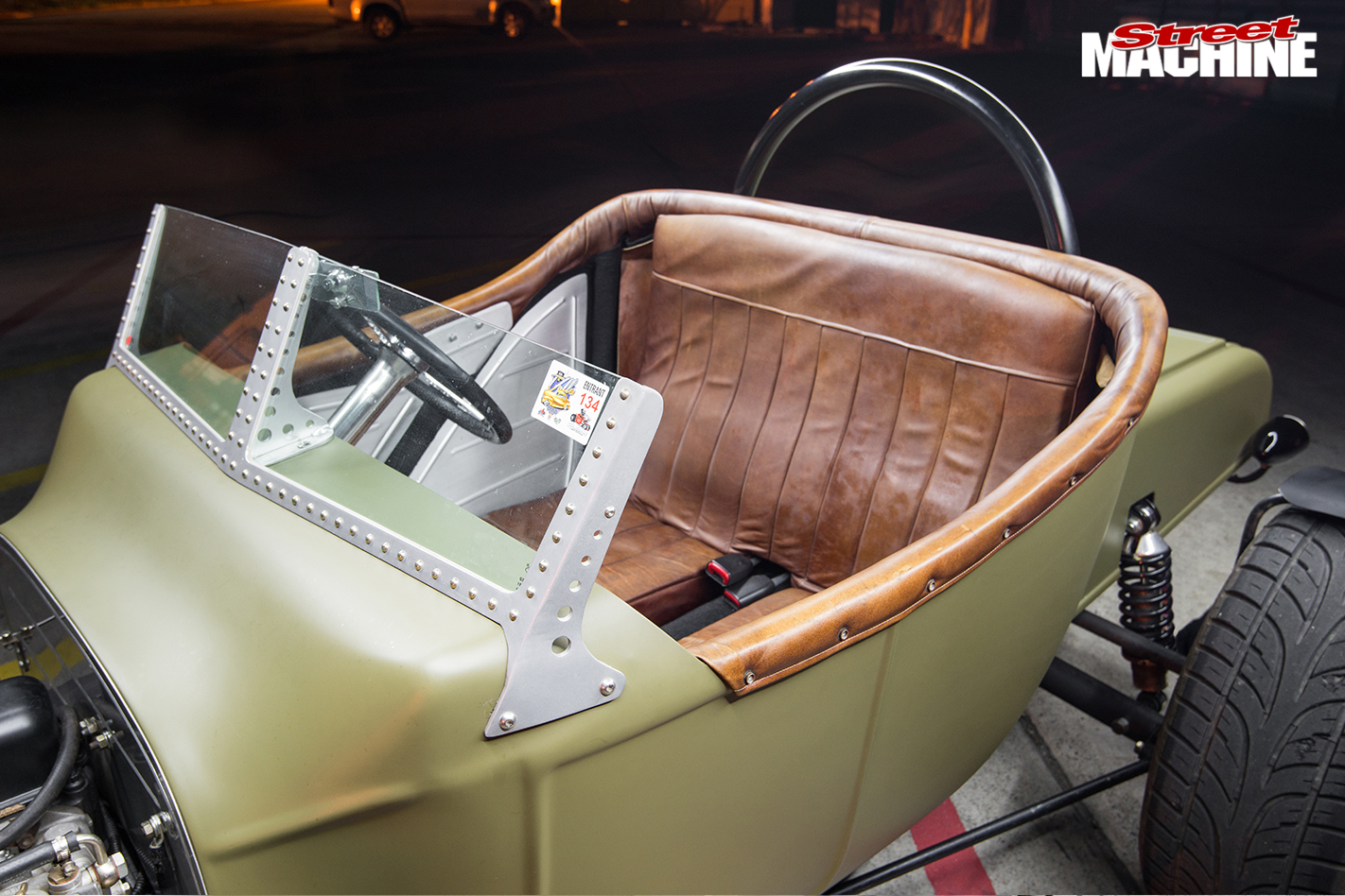 Ford -Model -T-roadster -rear -seat