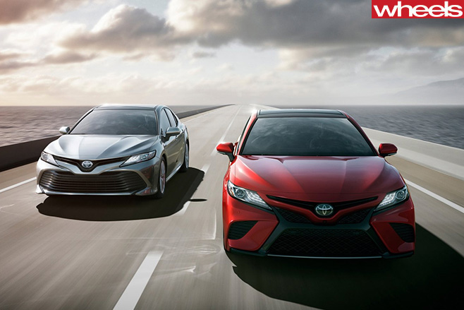 2018-Toyota -Camry -driving -front