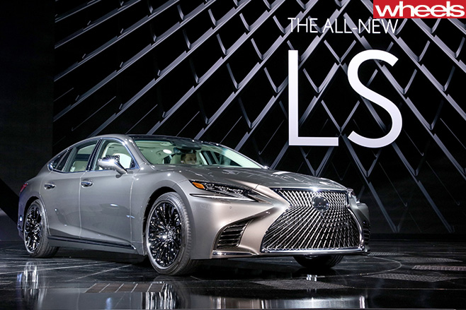 2018-Lexus -LS-500-at -Detroit -Motor -Show